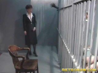 一 角质 prisoner