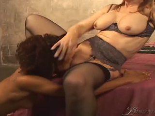 lesbian sex, lesbian, mature