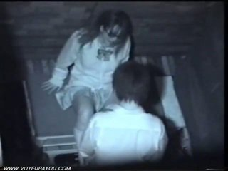 Two जपानीस हॉर्नी कपल पब्लिक सेक्स