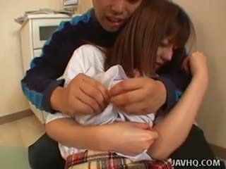 Mignonne asiatique école fille baisée dur!