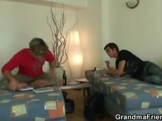 Two buddies faen rengjøring besta