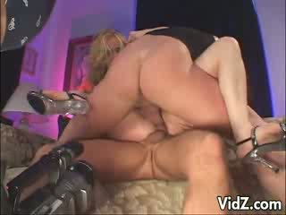 Nice Kelly Wells acts as she fucks