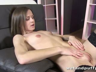 Xara uses a nasos on her labia