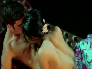 Gypsy goddess নারী receives stimulation থেকে তার lover