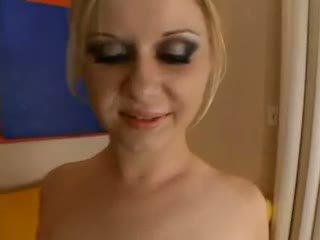 Aaralyn barra - blond ist practicing für die sahnetorte olinpic