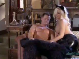 Sneek Peek Britney Amber