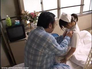 Noche deber enfermera sexo voyeur