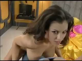 Aria Giovanni Stripping