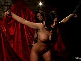 Oustanding boobed sabah phoenix marie has sauna tarafından bobbi starr