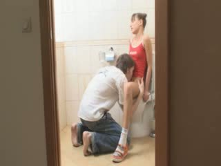 Blowjob and copulate in Bath room