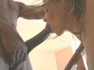 Vroče bejba monica sweetheart acquires ji obraz hole filled s a debeli noodle