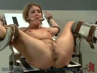 Sexy prisoner gets o ciudatel medical examen