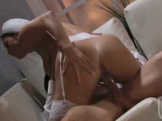 От уста към путка секс