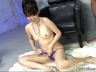 Ai himeno loves ควย ล้อเลียน และ กลุ่ม masturbation