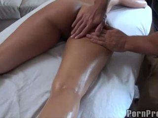 Karštas dulkinimasis po alyva masažas