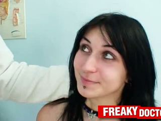 Stor naturlig pupper slovakian roxy taggart i kvinner clinic