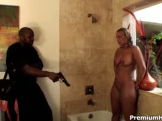 Big Ass Mellanie Monroe Gets Laid In Her Shower By Big Cock