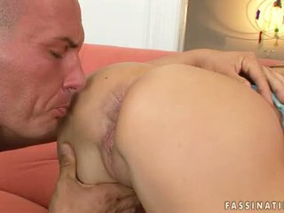 Golden Haired Wild Floozy Lea Lexus Stuffing Her Mouth With A Long Meatpole