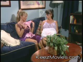 Summer Cummings - Lesbian Fetish Fever 2 - Scene 3 - Bizarre