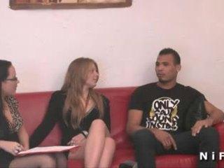 I ri franceze lavire i vështirë anale fucked në treshe