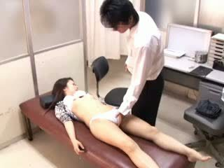 Perverted Doctor paralyses Patients 1