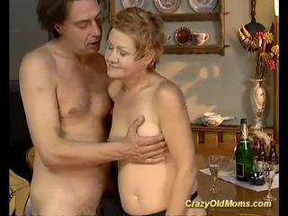 Older babeh gets hard fucked