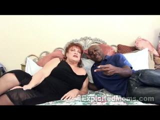 Močiutė receives bawdy cleft pounded iki didelis juodas varpa