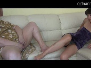 Gbb gjysh dhe i ri vajzë masturbim së bashku video