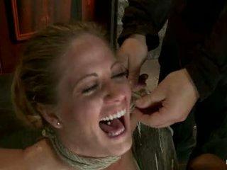 Elbows ràng buộc knees trên cứng wood nipple suction neck rope breath chơi đối mặt fucking thực hiện đến cum