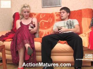 Silvia a maximilian nemravné vyzreté akcie