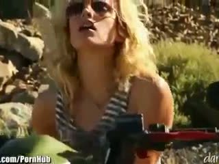 Kiara diane - daringsex solo outdoors masturbation en la mountains