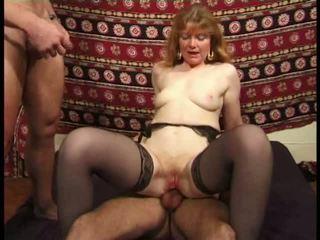 Martine, mini etek alkollü banged içinde tatlı video