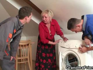 Stary widow services two repairmen