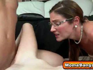 Ava hardy got pounded por dela step-mom com strap em