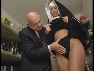 Itališkas lotynų amerikietė vienuolė tvirkinti iki nešvankus senas vyras