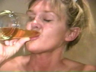 Piss: sherry carter การดื่ม ขึ้น เก่า piss