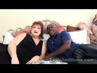Abuela receives bawdy cleft pounded por grande negra polla