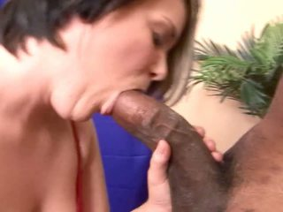 Big fat chocolate monster cock penetrated a white wench