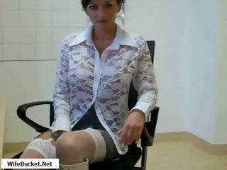 Forró anya szar -ban iroda videó