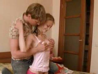 Beata pengasuh bayi awaiting dia boyfriend