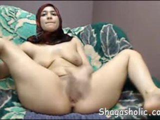 Arab flicka masturbates på web klotter -