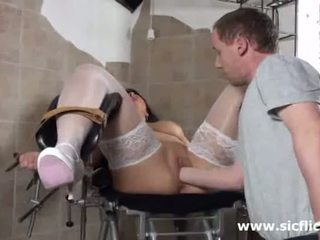 Blond mom aku wis dhemen jancok fist fucked by her dhokter