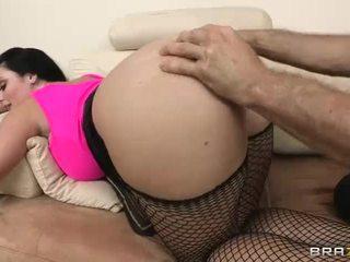 brunete, fishnets, pilns ass jāšanās