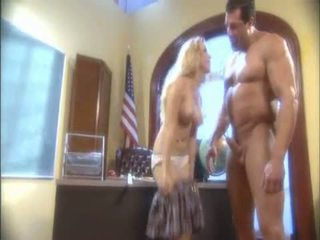 Blond Aiden Starr Blowing A Massive Pipe And Receives Her Wet Hole Licked