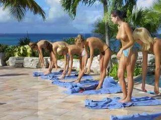 Stark nudo allenamento