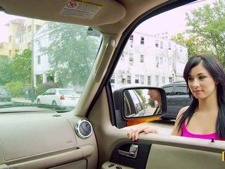 Mandy fills тя passenger страна путка