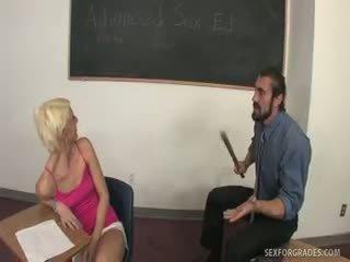 Jak mógłby christine alexis być failing seks ed?