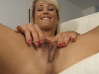 Long labia lady 2