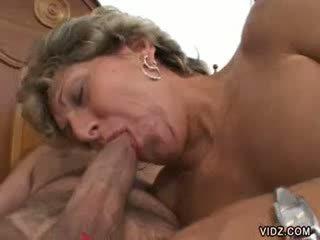 Babičky prostitutka xena has takový gaping holes