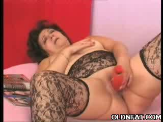 Obese GILF Toying Her puss